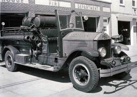 1930 American Lafrance Pumper: Photo taken by Charles Meredith 8/25/56