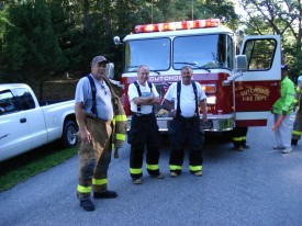Crew of 8-5-1 at a House Fire
